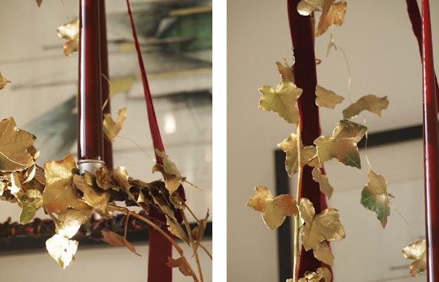 Eksklusiv adventskrans i farverne bourgogne, mørkebrun og guld