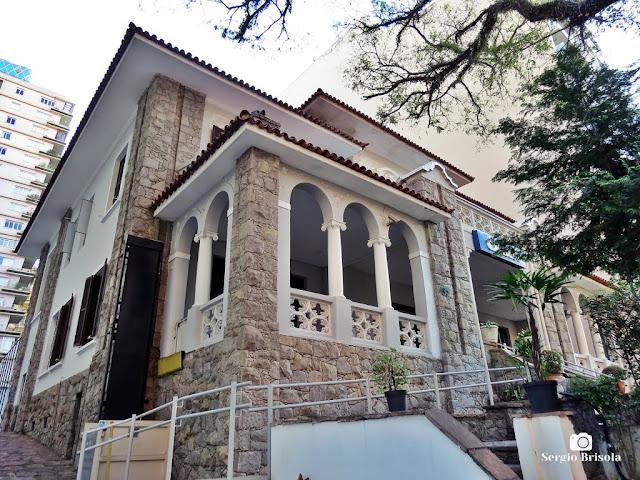 Vista de antigo casarão Tombado pelo Conpresp, atualmente Caixa Economica Federal - Higienópolis - São Paulo