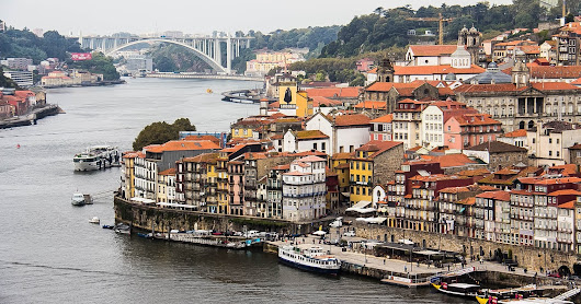 Portugal,  Porto: Sightseeing, Food and Tiles!