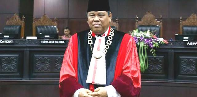 Guru Besar Dan Profesor Mendesak Arief Hidayat Mundur Dari Ketua MK