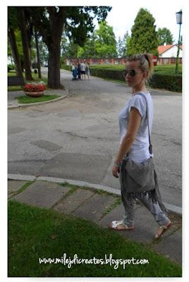 Zamszowa szara torebka z frędzlami zrobiona z żakietu DIY  // Bag with fringes DIY