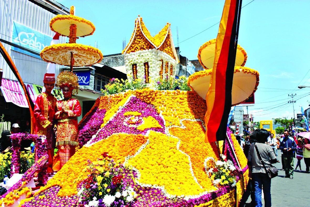 Festival Bunga Internasional Tomohon | Sumber: Genta Rakyat