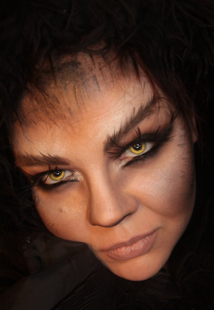Fake Contacts For Halloween