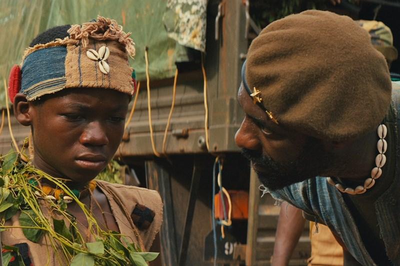 SINOPSE: Em uma cidade africana, Agu (Abraham Attah) é uma criança, que atingida pela guerra, é transformada em soldado. Após a morte de seu pai por militantes, ele é obrigado a abandonar sua família para lutar na guerra civil da África do Sul, instruído por um grande comandante (Idris Elba) que o ensinará os caminhos de um conflito.