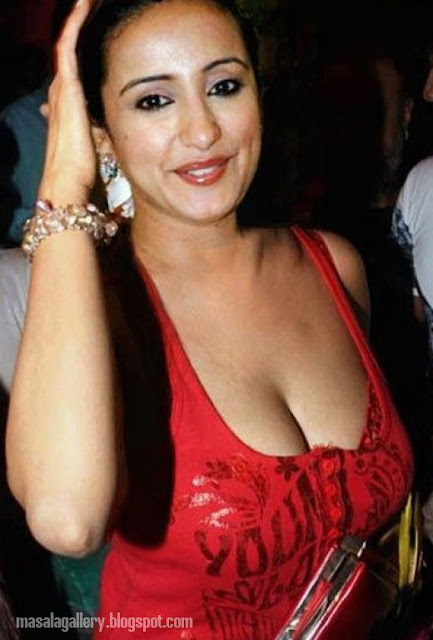 Manisha Koirala Hot Photo - Masala Gallery-2187