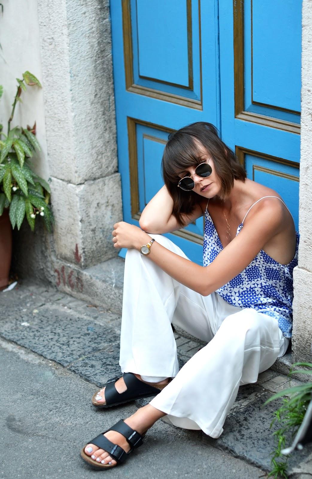 szamocka top | biale szerokie spodnie do czego | blog o modzie | modowe porady | poradnik modowy
