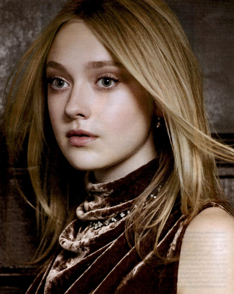 Cinema Photos And Wallpapers: dakota fanning hot Picture ...
