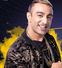Akash Dadlani Family Wife Son Daughter Father Mother Age Height Biography Profile Wedding Photos