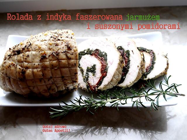 Rolada z indyka z jarmużem i suszonymi pomidorami - Czytaj więcej »