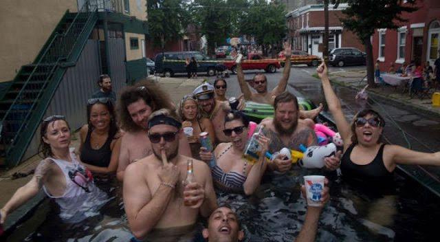Basureros-alberca están prohibidos en Filadelfia por una razón