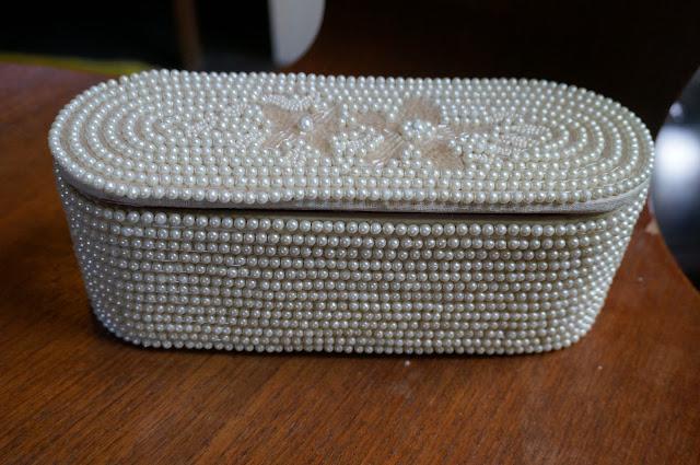 une boite à bijou des années 60   60s jewellery box