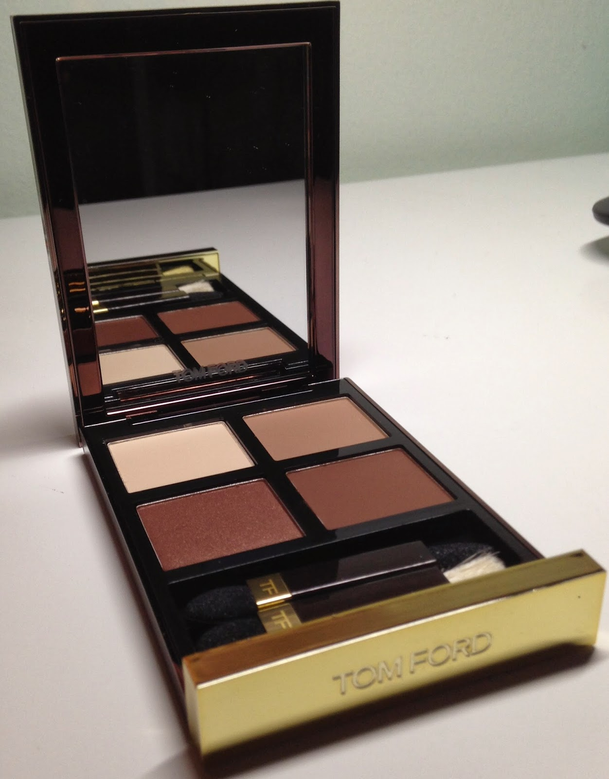 bianca 39 s makeup blog tom ford cocoa mirage swatches and. Black Bedroom Furniture Sets. Home Design Ideas