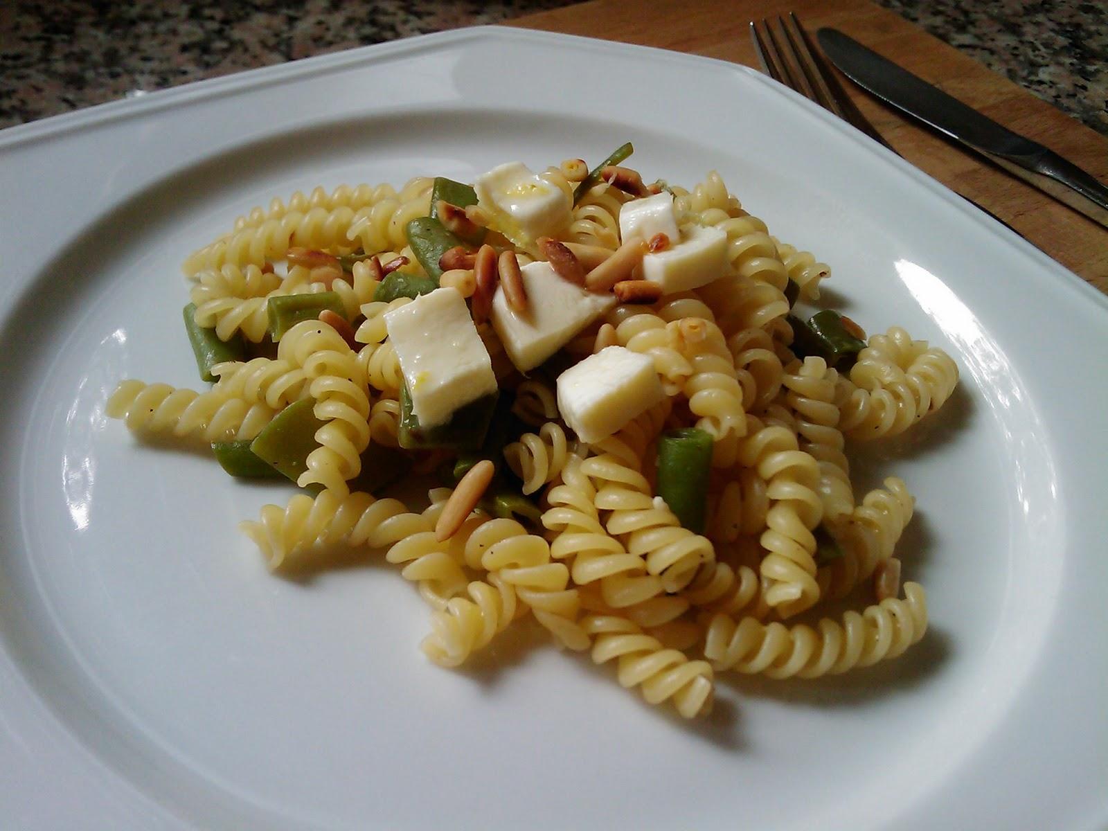 miri 39 s kitchen pasta mit gr nen bohnen und zitronen mozzarella. Black Bedroom Furniture Sets. Home Design Ideas