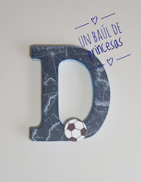 Letra D decorada