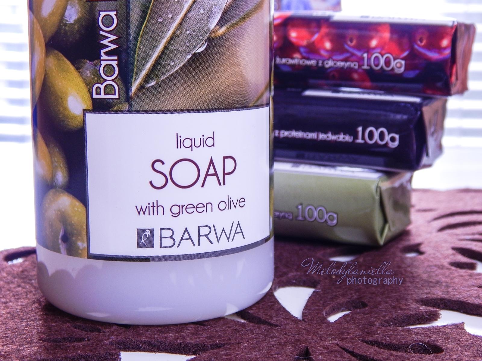 6 barwa naturalna kosmetyki mydła recenzja barwa mydło naturalne szampon naturalny mydło w płynie owoce natura hipoalergiczne kremy do rąk owoce oliwki żurawina