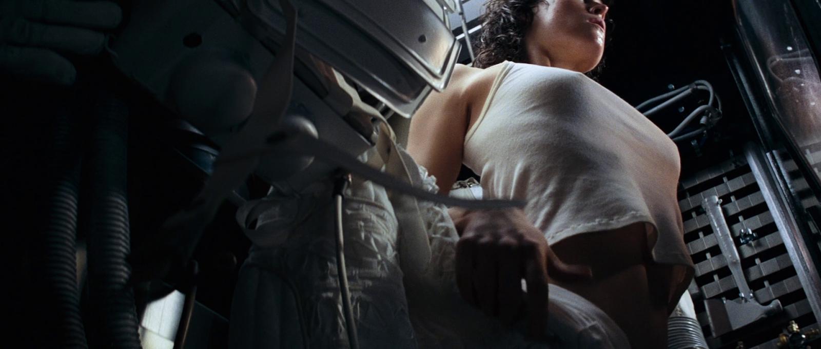 Alien Sex Scene 22