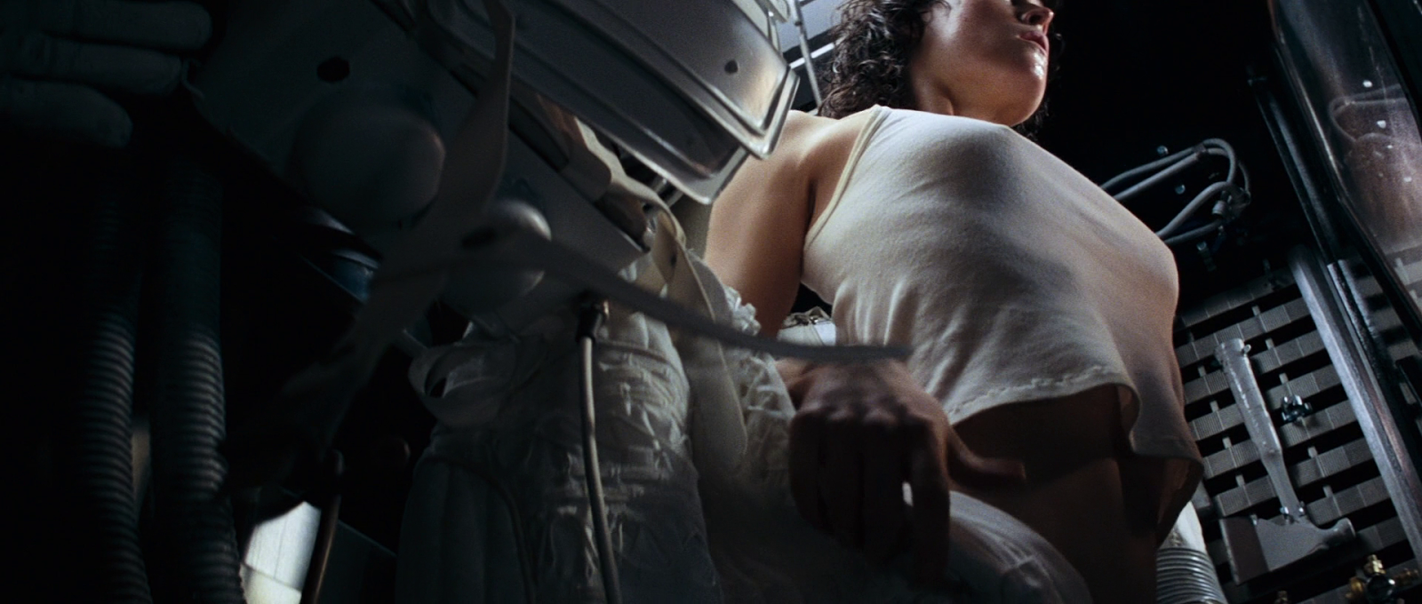 Aliens Sex Scene 60