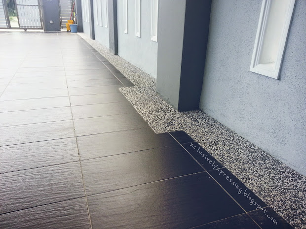 Di Pasang Tile Porch