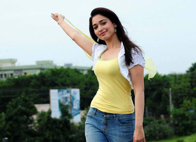 Tamanna Bhatia Hot Wallpaper For Mobile