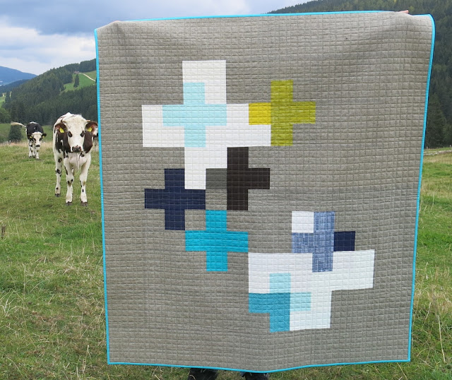 Luna Lovequilts - Plus Quilt, photo shoot outside
