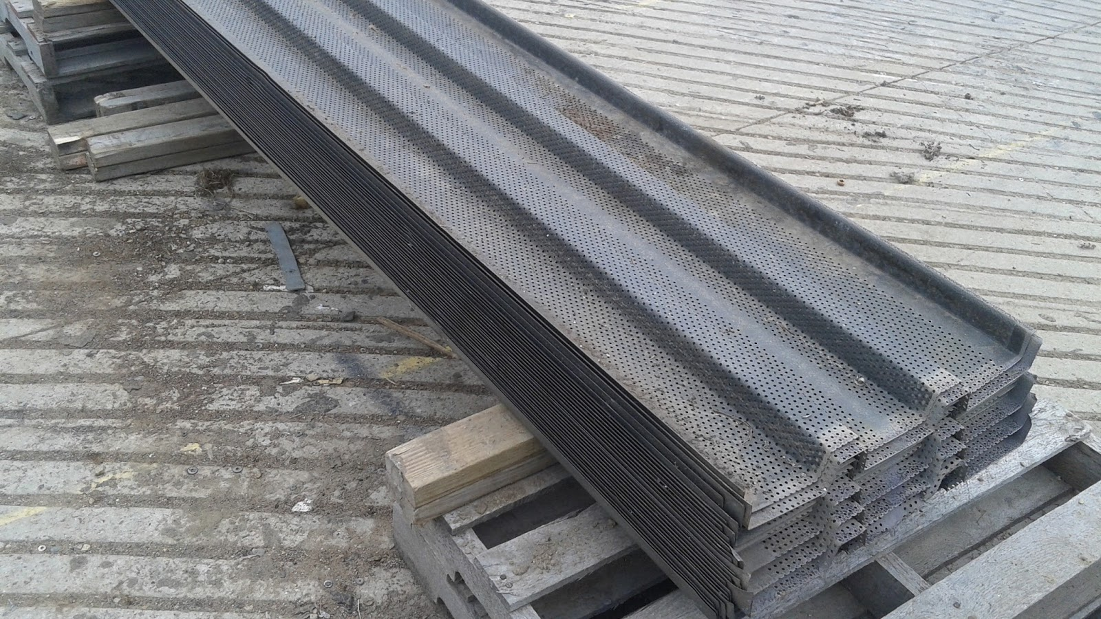 Round Aluminium Panel : Wisconsin steel corp