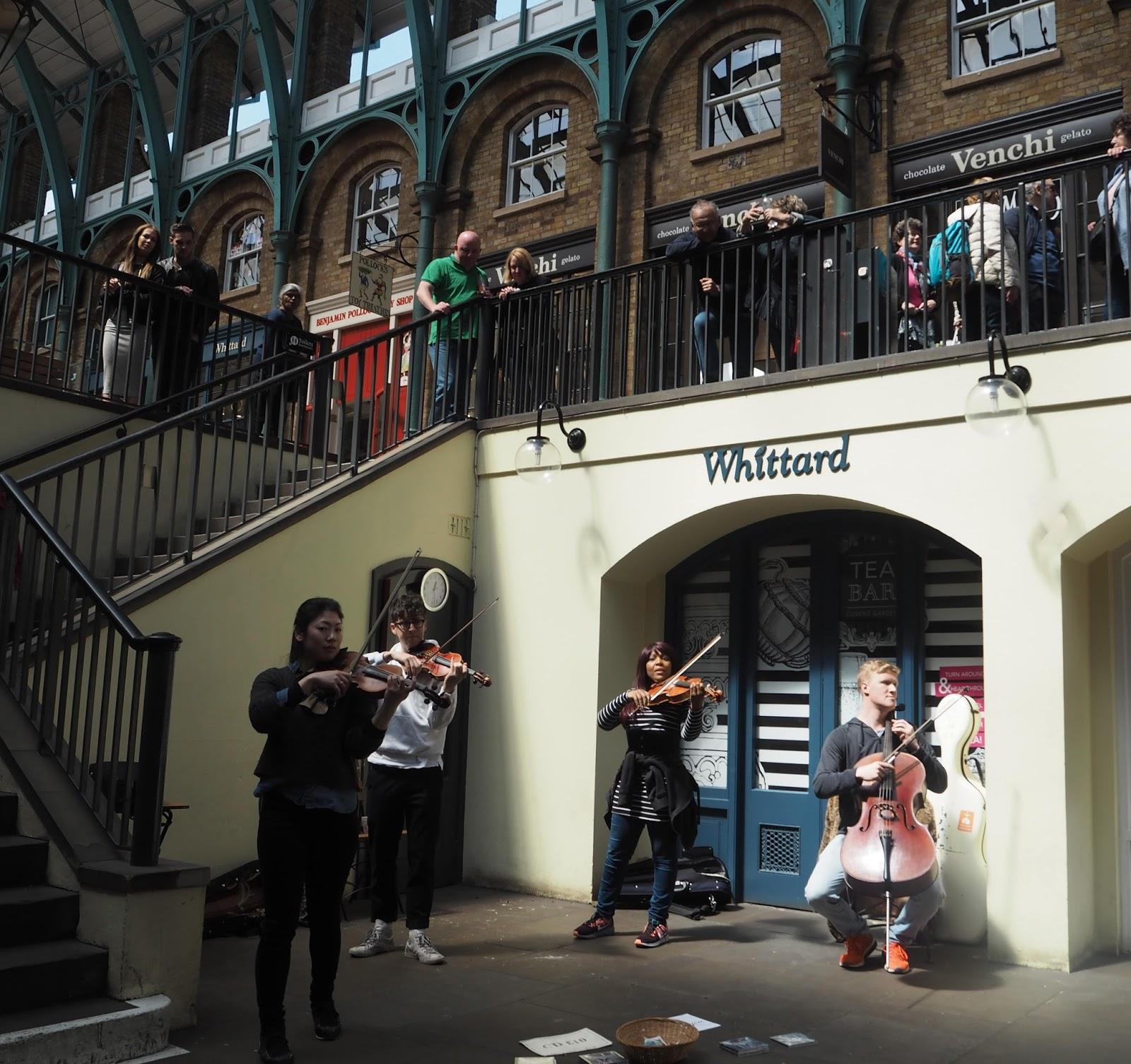 What-Lizzy-Loves-Covent-Garden-string-quartet-performers