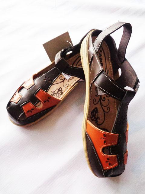 Sepatu Sandal Aura Tutong Coklat