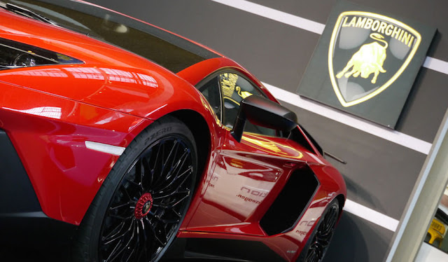 ランボルギーニの創業者生誕100周年記念モデル、1台2億円オーバーで発表前に完売!?