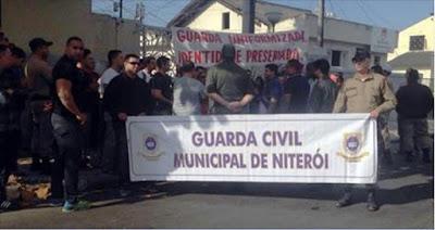 Guardas Municipais fazem manifestação em Niterói (RJ)