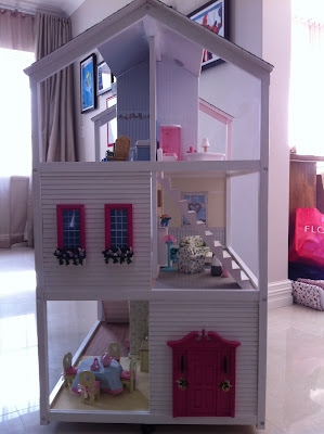Chic Mummy Irini S Dollhouse