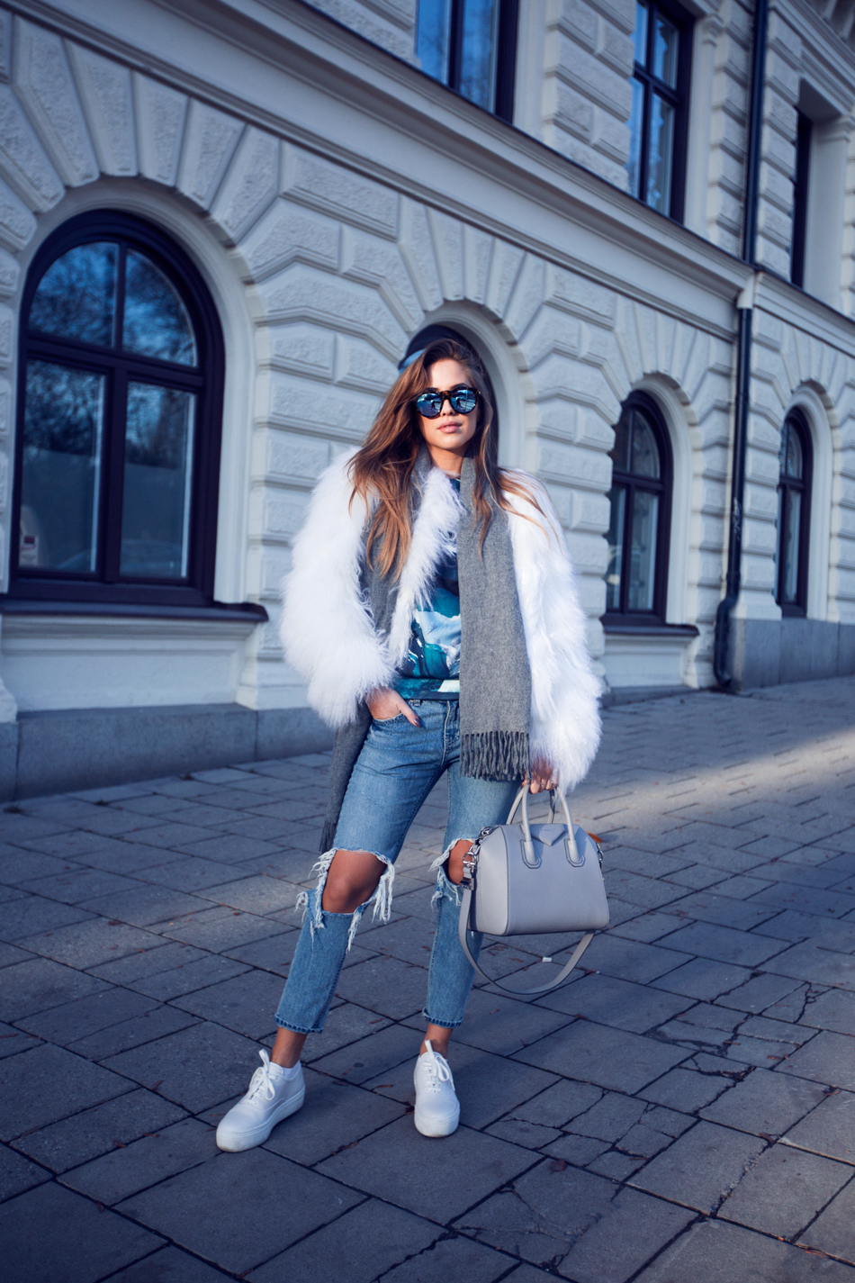 Kenza Zouiten - Ripped Jeans + White Faux Fur Coat + Givenchy Antigona Bag