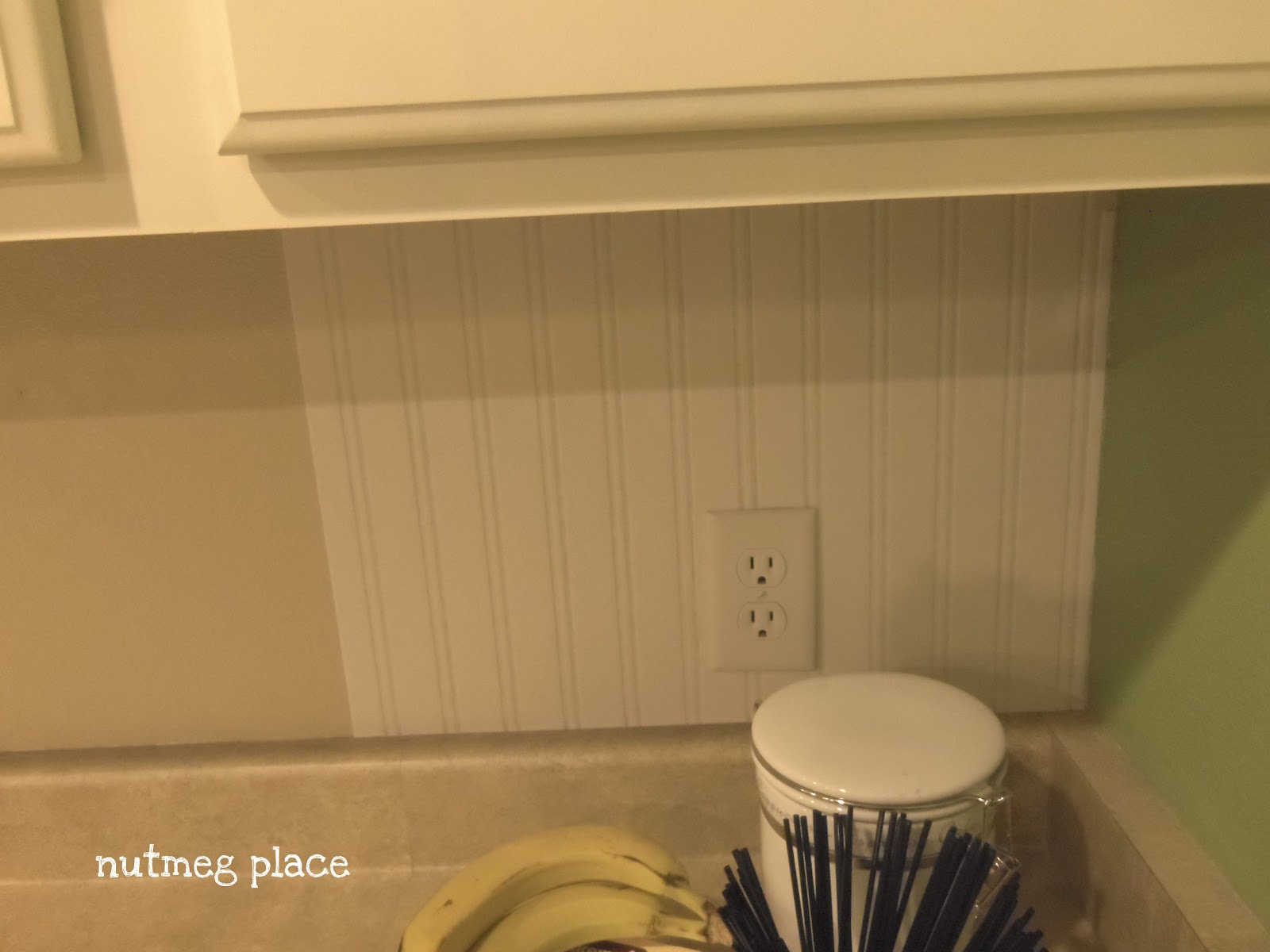 Beadboard Backsplash Using Wallpaper... - Mom 4 Real