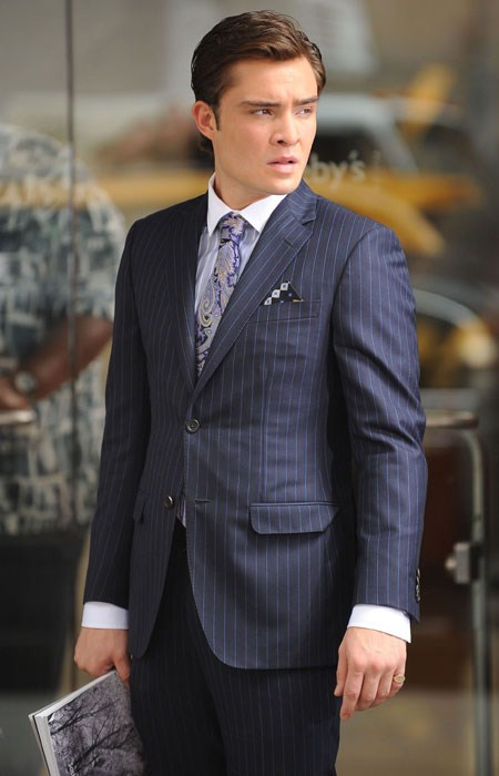 chuck bass grey suit - photo #5