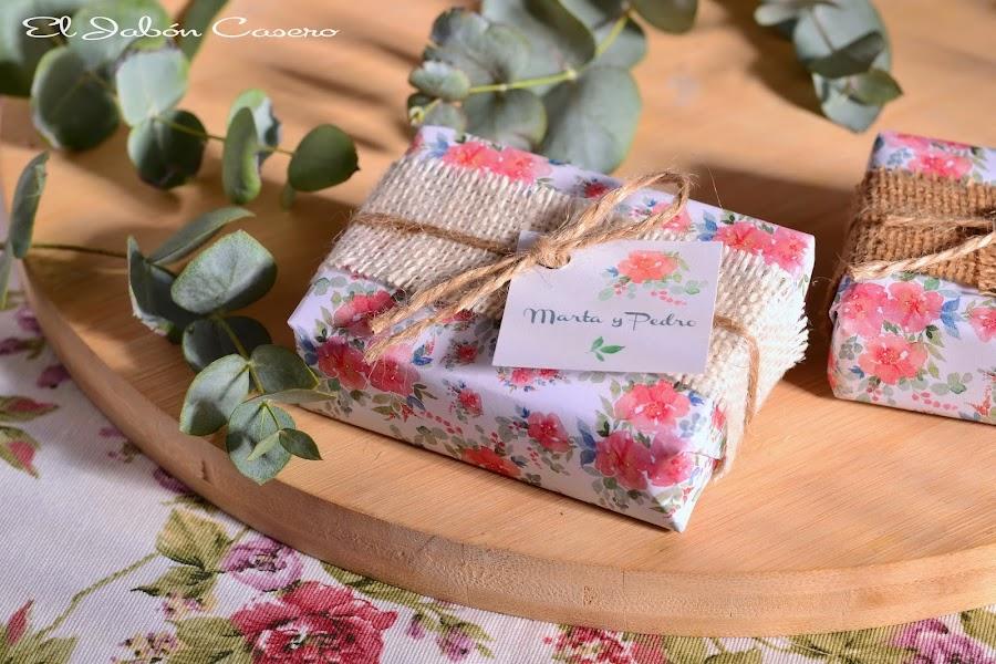 Detalles personalizados bodas jabones naturales boda rustica