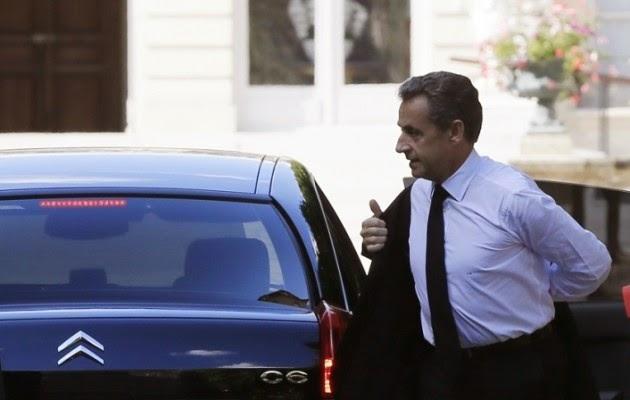 Πρωτοφανές: Υπό κράτηση ο πρώην πρόεδρος της Γαλλίας Νικολά Σαρκοζί