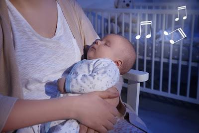 Icelandic woman singing lullaby inspired by Fjalla-Eyvindur and Halla