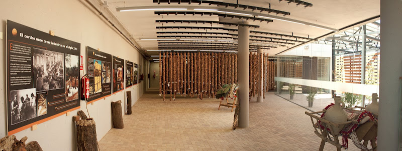 Sala de exposiciones de la Suberoteca de Andalucía