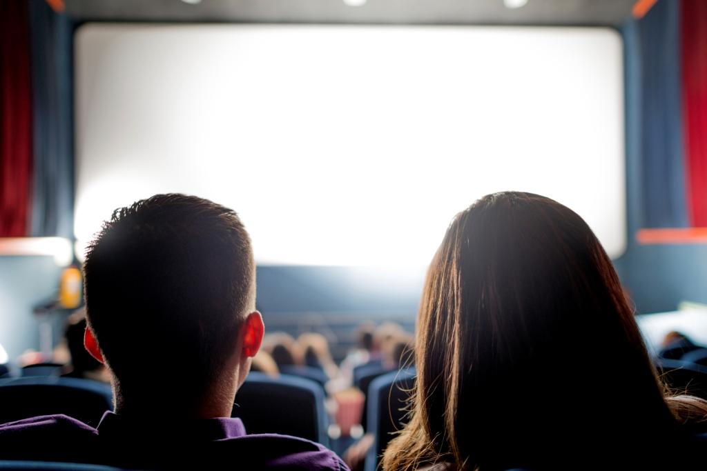 6 Tips Keren Nonton Bioskop Bareng Gebetan Yang Bikin Kamu Tambah