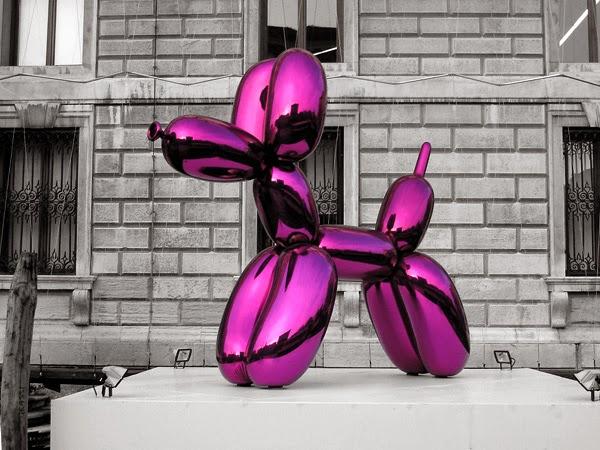 ee0248fcbf8503 Peonies & Prada: Balloon Dog Bags