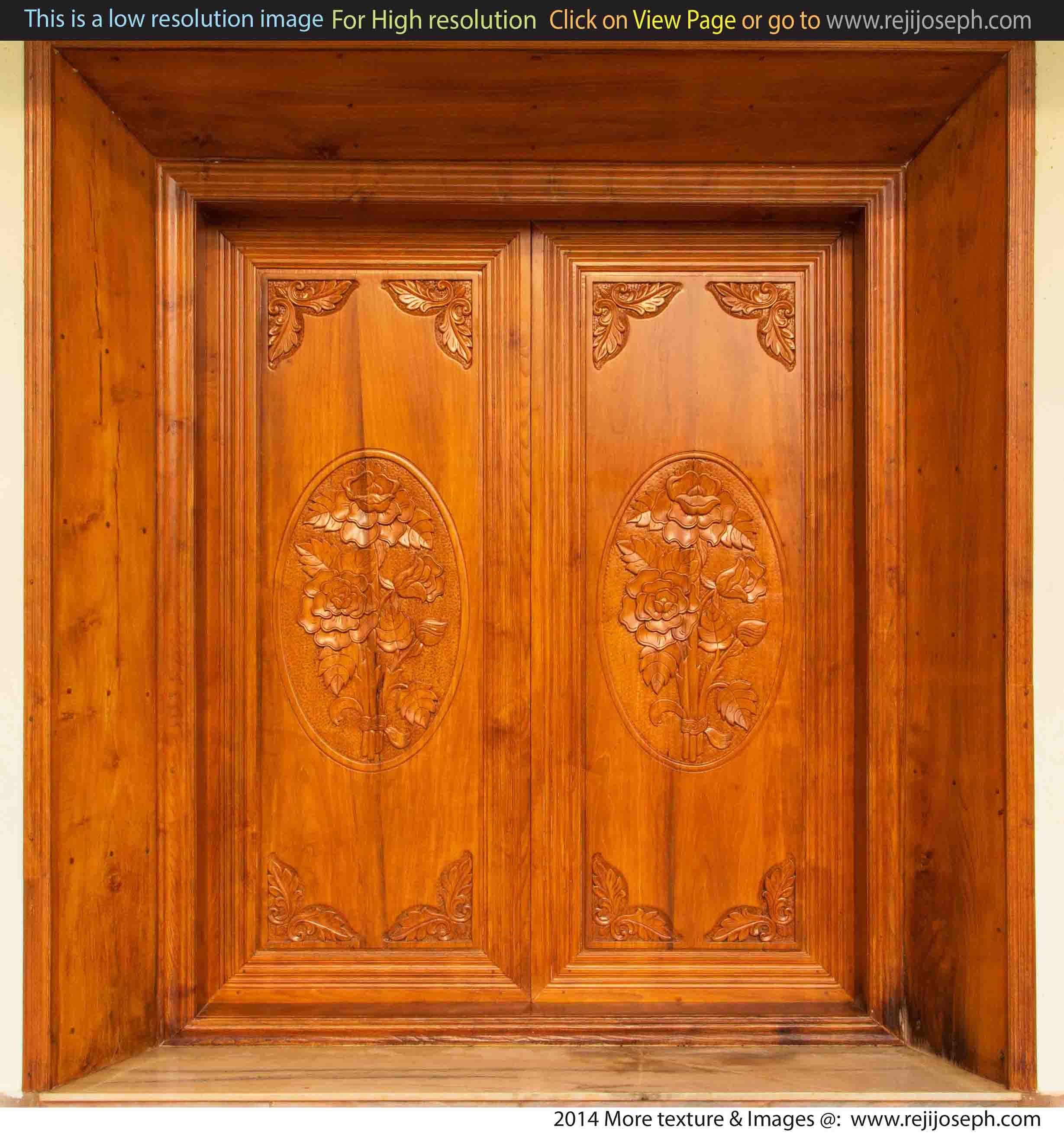 Curved Wooden door texture 00001