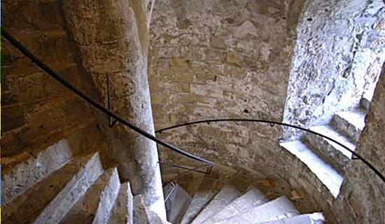 Castelos - Escadas espirais