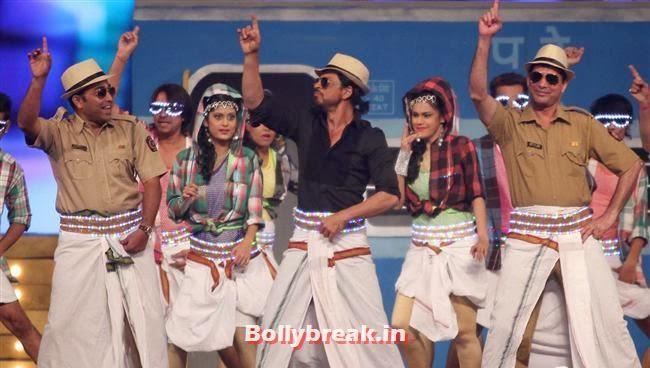 Shah Rukh Khan, Bollywood Celebs at Umang Police Show 2014