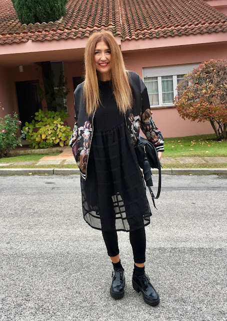 Carmen Hummer, Vestido, Mo&de, Bomber, Mulec, street style, look of the day, black, dress, blog de moda, estilista, personal shopper, shopping day