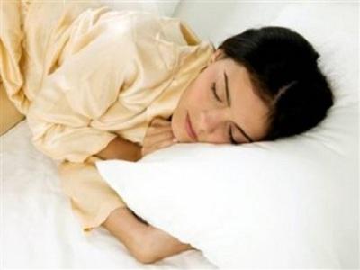 Wanita Lebih Butuh Tidur yang Cukup Ketimbang Pria