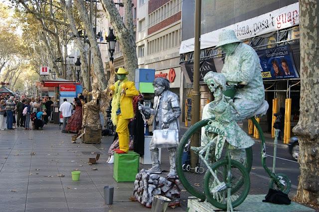 Artistas de Rua em La Rambla