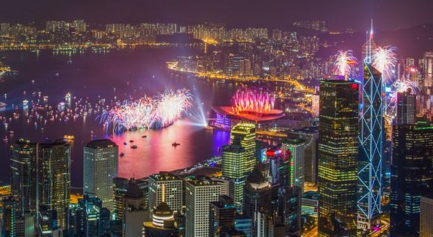 Hong Kong New Years Eve 2017 - Photos and Images