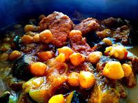 http://natomamochote.blogspot.com/2016/06/indyjska-potrawka-z-wieprzowina-curry.html