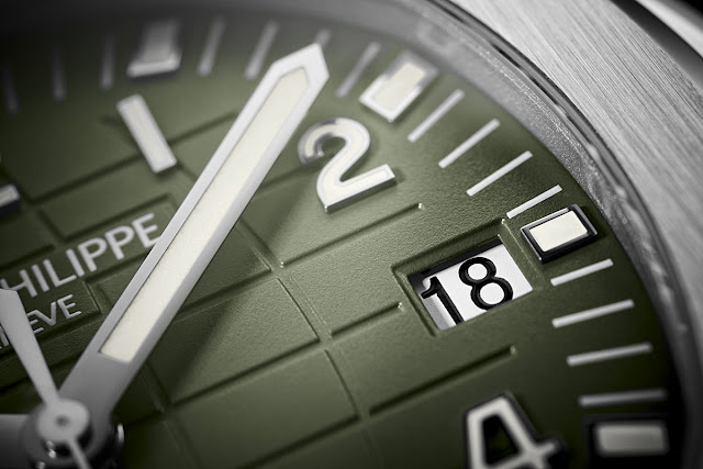 Dial detail of the Patek Philippe Aquanaut 5168G-010