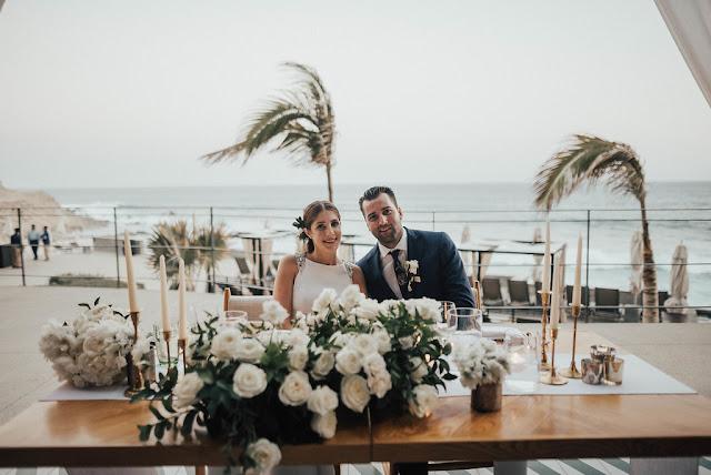 sweet heart table Cape wedding  Florenta Floral designer in los cabos