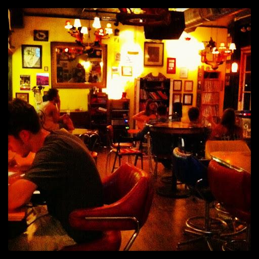 Open Mic Night - Las Vetas Lounge